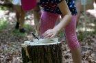 Vyklepkanie kryštáľov zo sadry